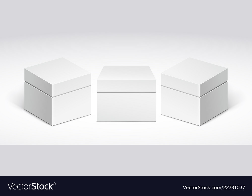 Three white packing boxes with lid