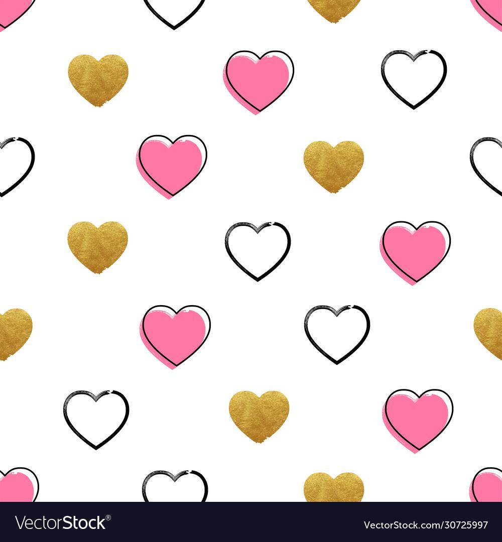 Heart shape pattern golden and handdrawn hearts