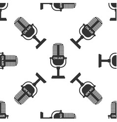microphone icon seamless pattern vector image