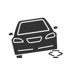 portable car jack glyph icon vector image