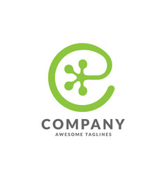 Letter e as gecko footprint reptile animal logo vector