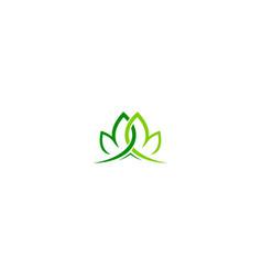 Green leaf organic decorative logo vector