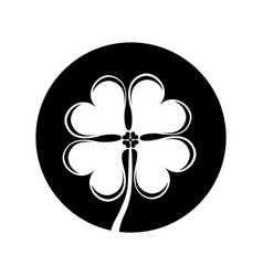 Clover leaf isolated icon vector