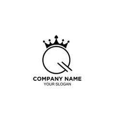 Q queen logo design vector