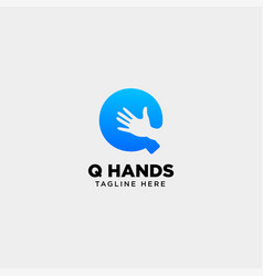 Minimal q letter initial hand logo template icon vector