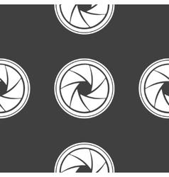 Photo camera diaphragm web icon flat design vector image