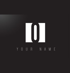 O letter logo with black and white negative space vector