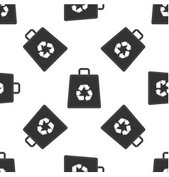 paper shopping bag with recycle symbol icon vector image