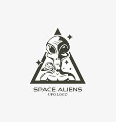 Face alien logo isolated vector