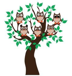owl tree vector image