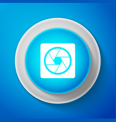 white camera shutter icon on blue background vector image