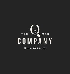 Q letter mark shovel spade hipster vintage logo vector
