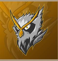 E-sports team logo template with owl vector