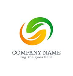Circle green leaf beauty spa company logo vector