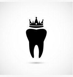simple tooth icon with crown vector image