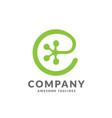 letter e as gecko footprint reptile animal logo vector image