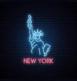 Statue liberty neon icon