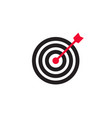 arrow in center of target icon vector image vector image