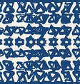 triangle tie dye pattern